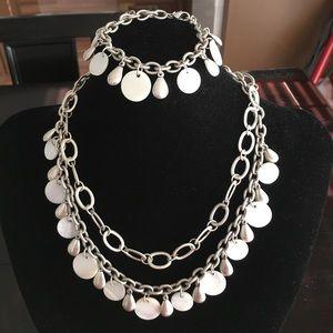 Premier Designs necklace set NWT